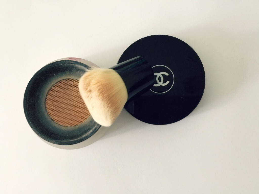 40 Beauty Questions Tag chanel vitalumiere loose powder