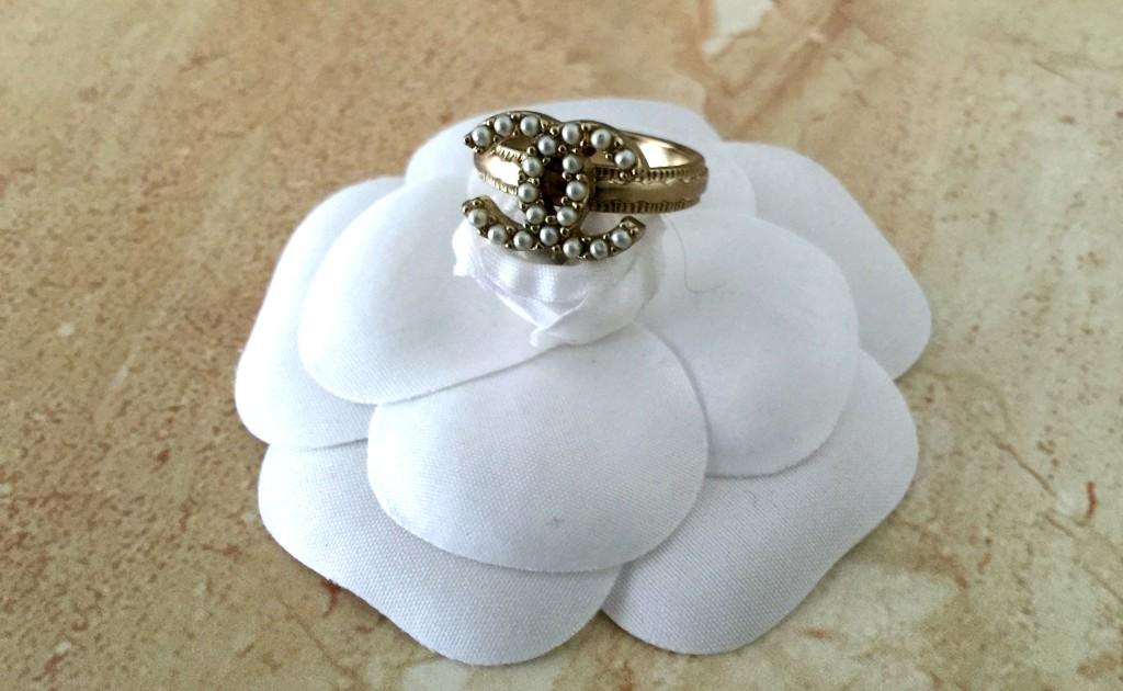mijn vintage chanel sieraden ring