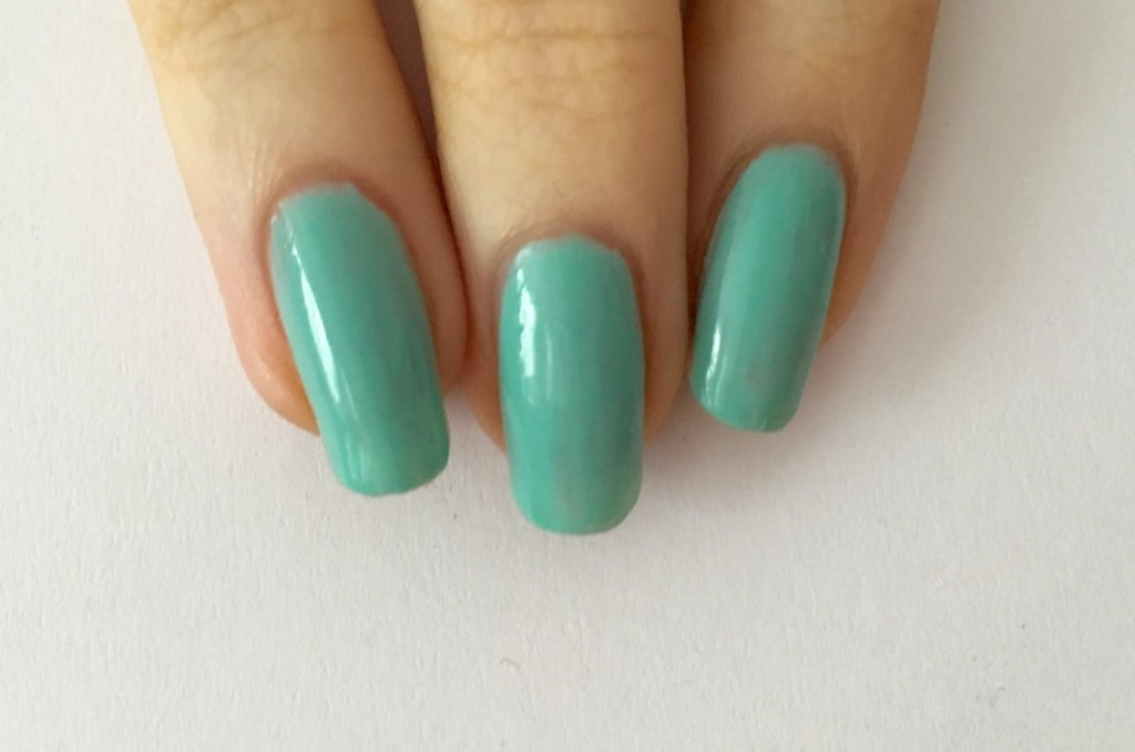 Essie paasei mint candy apple