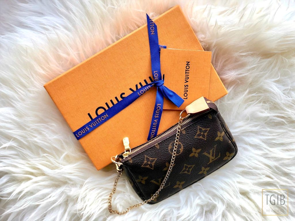 Louis Vuitton Mini Pochette Accessoires with box