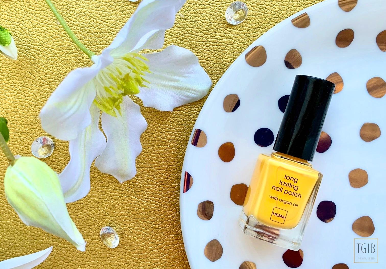yellow nail polish Hema