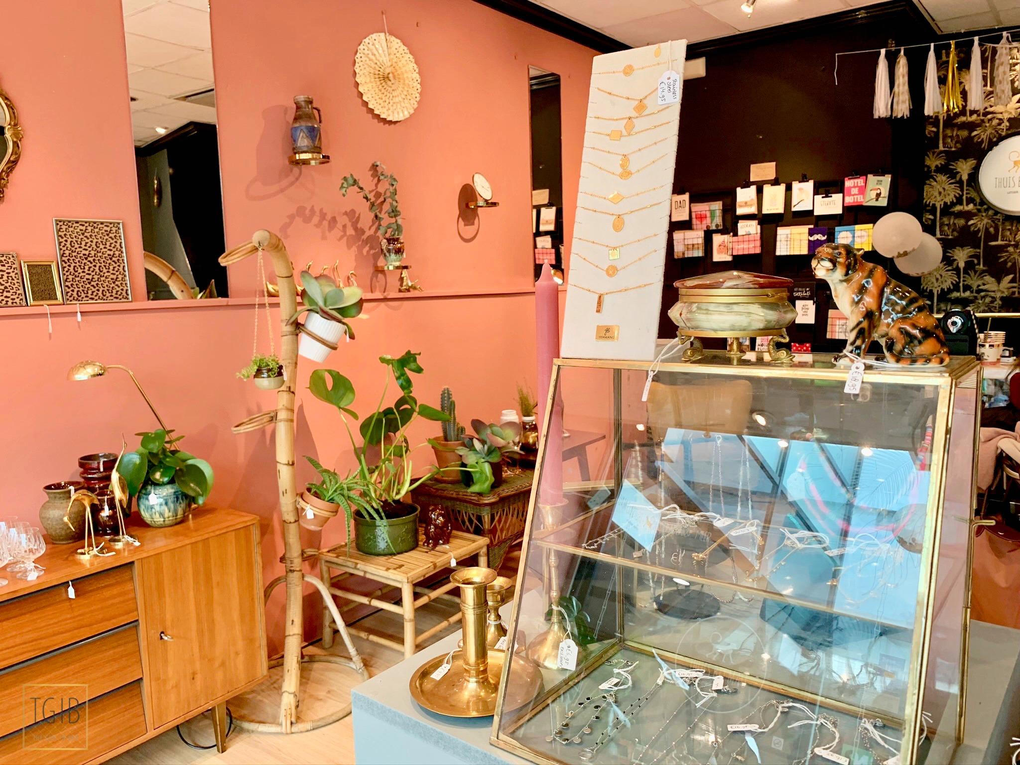Hotspot: Thuis Bij Mau vintage kringloop winkel passage 20