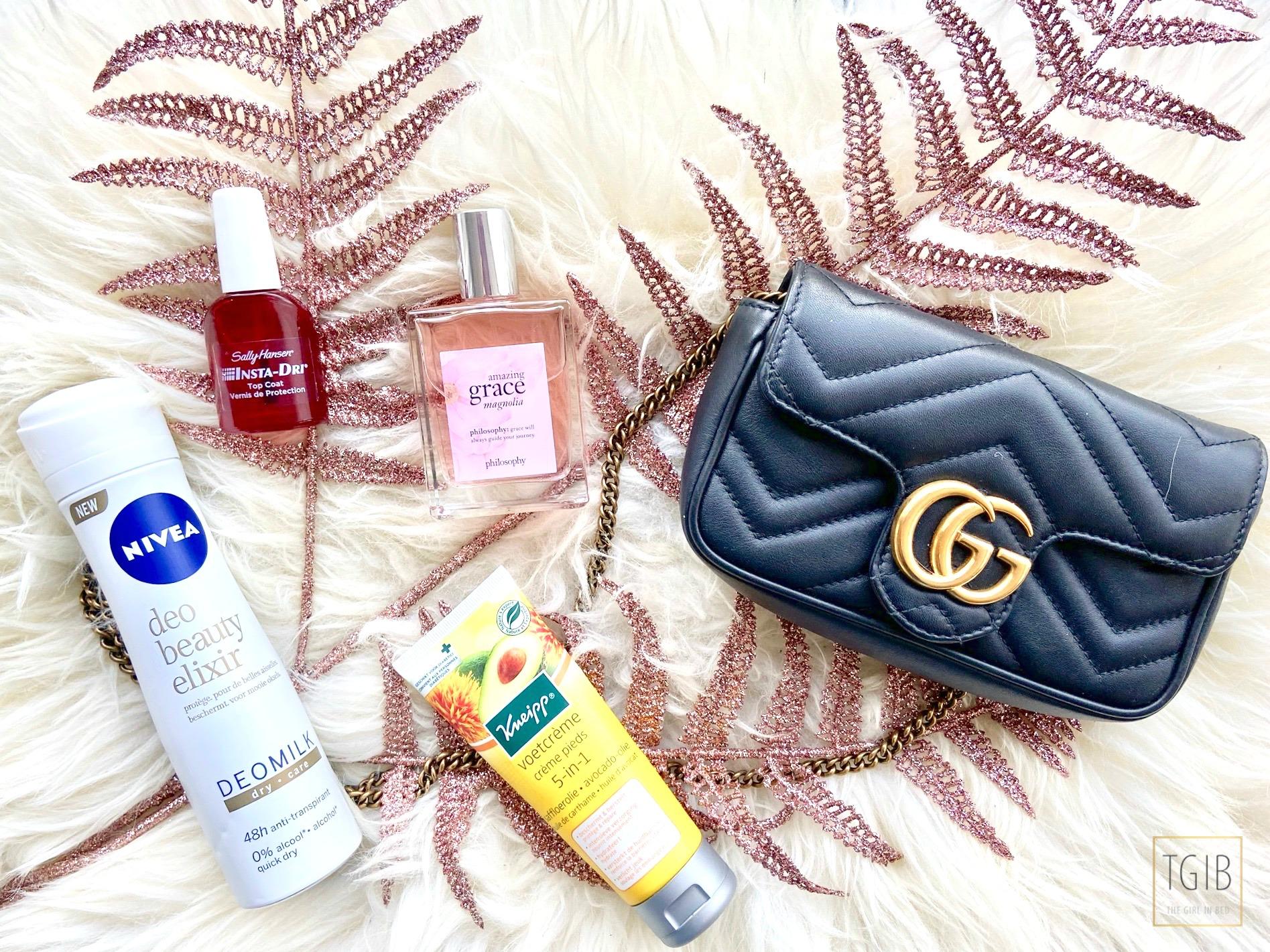 flatlat Gucci Marmont super mini bag